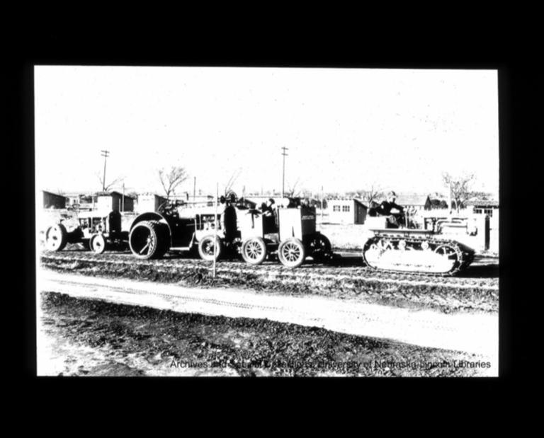 Larsen Tractor Museum, Records